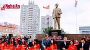 Khánh thành tượng đài Bác Hồ tại Ulyanovsk, Nga