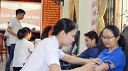 Gần 300 đoàn viên Khối Doanh nghiệp tham gia hiến máu nhân đạo
