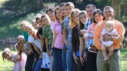 7 gia đình đông con nhất thế giới