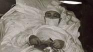 Bác sĩ tự mổ ruột thừa cho mình giữa Nam Cực khiến thế giới nể phục