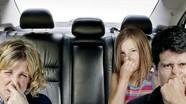 Cách khử mùi hôi trên xe ô tô trong mùa mưa ẩm