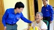 Tỉnh đoàn thăm và tặng quà thương bệnh binh Nghệ An