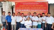 Ngân hàng thương mại cổ phần quân đội Việt Nam- Chi nhánh Nghệ An hỗ trợ 50 triệu xây nhà tình nghĩa