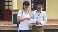 MC Ốc Thanh Vân trao quà từ thiện cho hộ nghèo tại Nghĩa Đàn