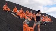 Trượt trên sườn núi lửa: Thú chơi dành cho 'những kẻ không biết sợ'