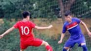 Trung vệ Thái Bá Sang - SLNA ghi điểm trong mắt HLV Hoàng Anh Tuấn