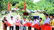 Nhóm thiện nguyện xây cầu chống lũ ở xã nghèo nhất Nghệ An