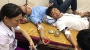 3 nhân viên y tế Nghệ An hiến máu cứu sống sản phụ bị băng huyết