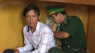 Cứu sống ngư dân trôi dạt 2 giờ trên vùng biển Nghệ An