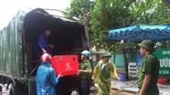 Đoàn viên thanh niên công an tỉnh giúp dân chống bão