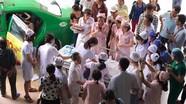 Hy hữu: Chồng làm bà đỡ giúp vợ vượt cạn trên xe taxi ở Nghệ An