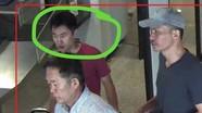 Nhận diện gã đàn ông đổ chất lỏng vào tay Đoàn Thị Hương