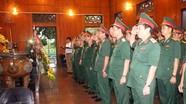 Lãnh đạo Quân khu 4 dâng hoa, dâng hương tưởng niệm Chủ tịch Hồ Chí Minh