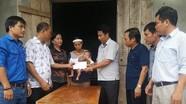 Đảng ủy Khối CCQ tỉnh và Tỉnh Đoàn trao quà hỗ trợ các hoàn cảnh khó khăn