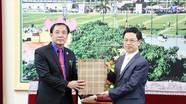 Đoàn đại biểu Đoàn thanh niên Lào chào xã giao lãnh đạo tỉnh