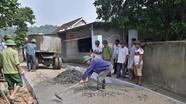 Nông dân Nghi Đồng góp gần 2 tỷ đồng làm đường Nông thôn mới