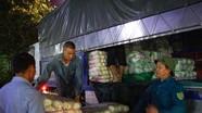 'Sốc' rau quả Trung Quốc 'lột vỏ' thành hàng Việt ở chợ đầu mối Nghệ An