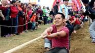 Sôi động nhiều trò chơi dân gian ở Lễ hội Đền Hoàng Mười