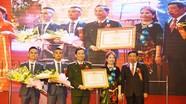 Bệnh viện Đa khoa Cửa Đông đón nhận Bằng khen của Thủ tướng Chính phủ