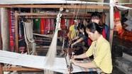 Quy trình 'ra lò' một tấm thổ cẩm của phụ nữ Thái Nghệ An