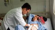 Ca phẫu thuật 4 giờ đồng hồ cứu sống bệnh nhân bị bắn 9 viên đạn vào người