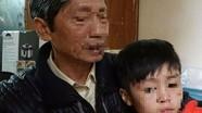 Bé trai 10 tuổi bị bạo hành rạn xương: Mẹ kế đến công an trình diện