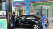 Các hãng xe Việt Nam khuyên tài xế 'không nên e ngại xăng E5'