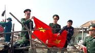 Tặng 2.000 lá cờ Tổ quốc cho ngư dân xã Diễn Hải