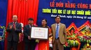 Trường Tiểu học Lê Lợi (Hưng Nguyên) đón Bằng công nhận đạt chuẩn Quốc gia