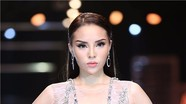 Kỳ Duyên vượt mặt dàn siêu mẫu, thành nữ hoàng vedette của năm