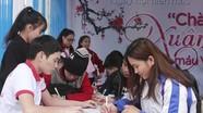 Hơn 500 sinh viên Đại học Y khoa Vinh hiến máu tình nguyện