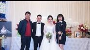 HLV Hữu Thắng và dàn sao SLNA mừng đám cưới Âu Văn Hoàn