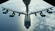 """""""Trêu ngươi"""" Trung Quốc, Mỹ tung máy bay ném bom B-52 tới biển Hoa Đông"""