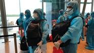Hành lý đặc biệt của lao động Nghệ An trở về từ Đài Loan trên chuyến bay 'giải cứu' vì Covid-19