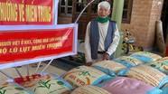 Cụ ông 98 tuổi ở Nghệ An quyên góp 3 tấn gạo ủng hộ đồng bào miền Trung