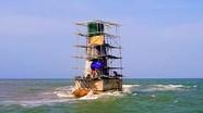 Nghệ An: Phục dựng ngọn hải đăng bị gãy đổ tại vùng biển Cửa Lò