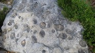 """Tảng đá """"sinh con'"""" trên dãy núi Bồ Đào Nha"""