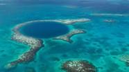 Phát hiện những dấu tích bí ẩn ở đáy hố xanh lớn nhất thế giới