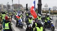 """Biểu tình """"áo vàng"""" tiếp tục thách thức tổng thống Macron"""