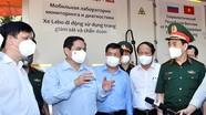 Thủ tướng Phạm Minh Chính trực tiếp vào tâm dịch kiểm tra, động viên lực lượng tuyến đầu