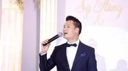 """Ca sĩ Quang Dũng hát trong """"siêu"""" đám cưới ở Nghệ An gây xôn xao"""