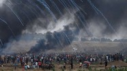 Israel tấn công hơi cay đoàn tuần hành hòa bình ở dải Gaza.