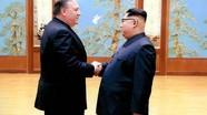 Ông Pompeo trở về từ Bắc Triều Tiên cùng 3 người Mỹ được phóng thích