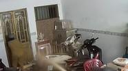 Xông vào cửa hàng dùng bình xịt hơi cay tấn công để cướp tài sản
