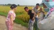 Dân làng vây đánh kẻ đòi tiền bảo kê máy gặt