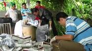 Phát hiện hơn 6.400 gói thuốc lá lậu cạnh ngôi nhà hoang