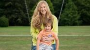 Người mẹ gói 18 món quà sinh nhật cho con trai trước khi qua đời