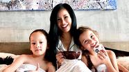 Hồng Nhung cách ly mạng xã hội để dành thời gian cho con