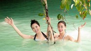 Hoa hậu Giáng My lại gây 'bão' vì ảnh bikini nóng bỏng