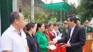 Hàng nghìn suất quà tết được trao tận tay người nghèo ở Nghệ An